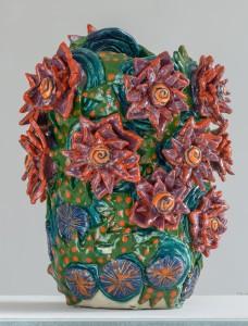 Grande vase aux fleurs pétrifiées